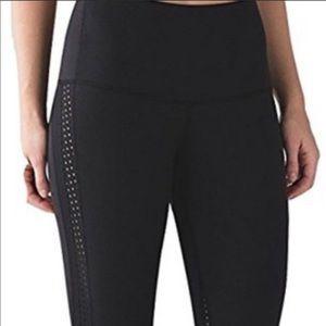 Lululemon high rise Yoga pants